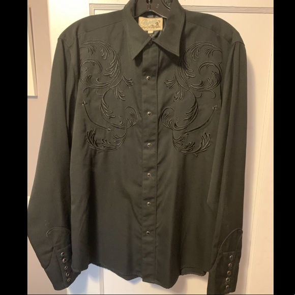 Like New Black Western button-up